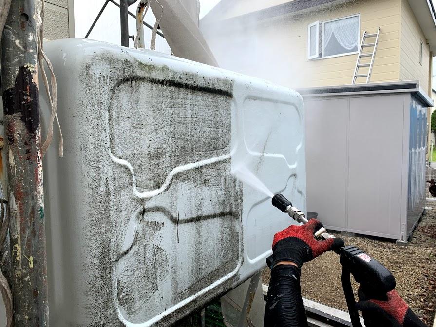 灯油タンク高圧洗浄